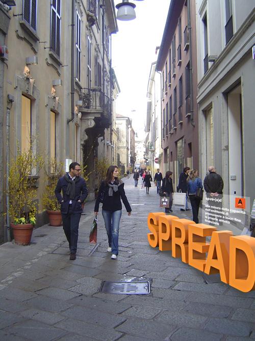 AcomeA spirit - Via_della_Spiga,_Milan